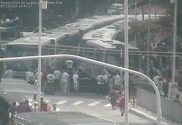 PARALISAÇÃO: Motoristas de ônibus realizam protesto em João Pessoa