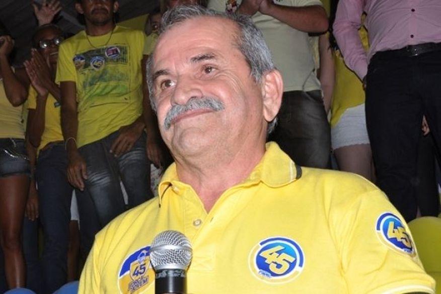 bisco - NOTA: Prefeito de Uiraúnase diz confiante com o 'restabelecimento da verdade' epronto para contribuir com trabalho da PF