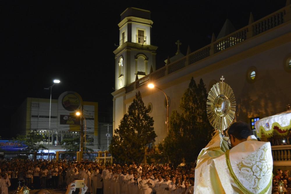 corpuschristicampinagrande - Campina Grande tem missas, cantatas e cultos cristãos em comemoração ao Natal