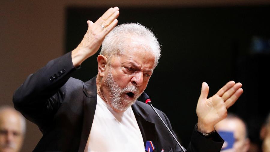 ex presidente lula durante congresso do pt em sao paulo 1574769201248 v2 900x506 - PF indicia Lula sob suspeita de propina de R$ 4 milhões da Odebrecht a instituto