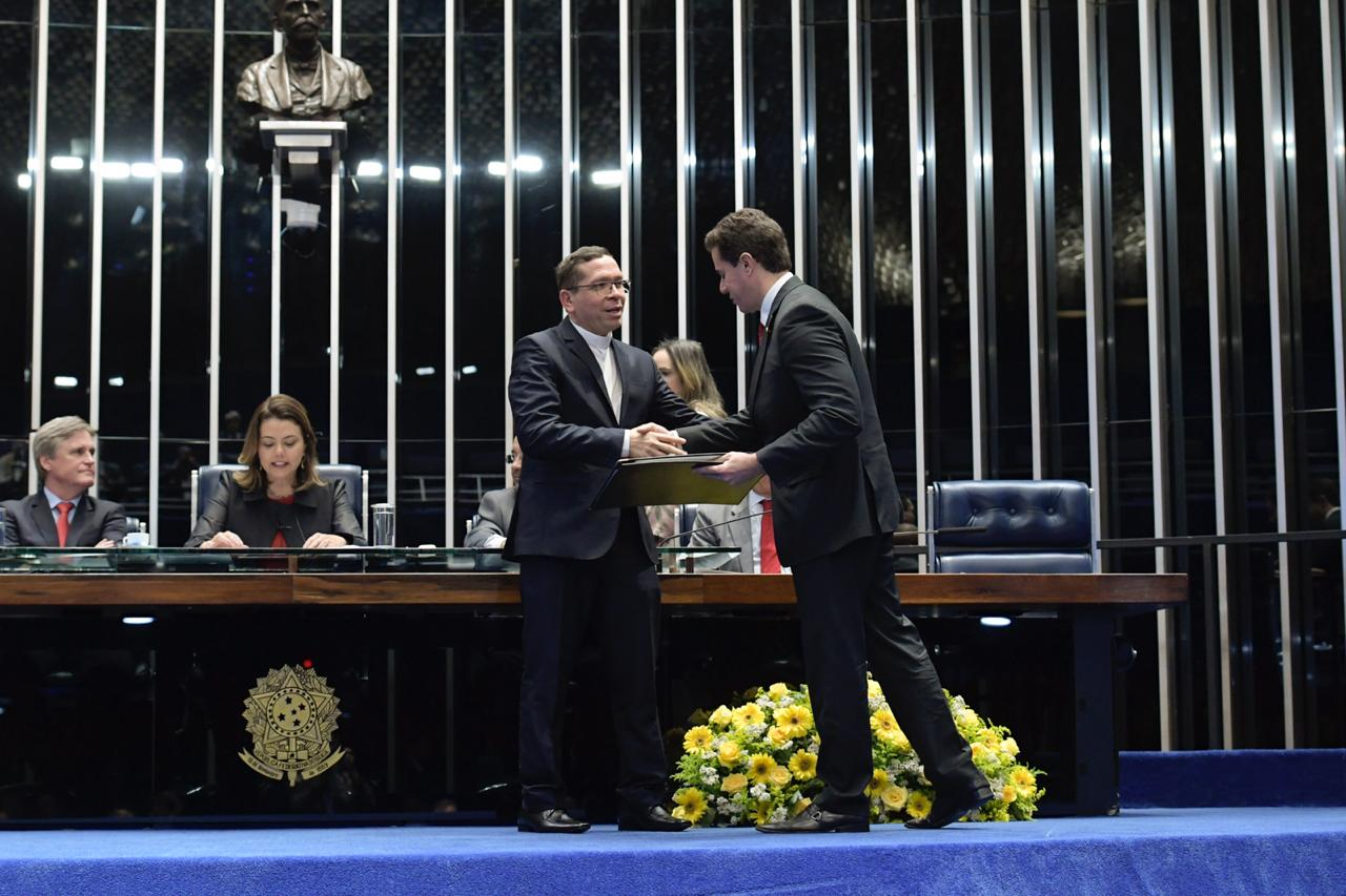 f01c33f2 3517 4a1a ad0b 0e09217f9303 - Em sessão presidida por Veneziano, Senado Federal homenageia os 250 anos da Catedral de Campina Grande