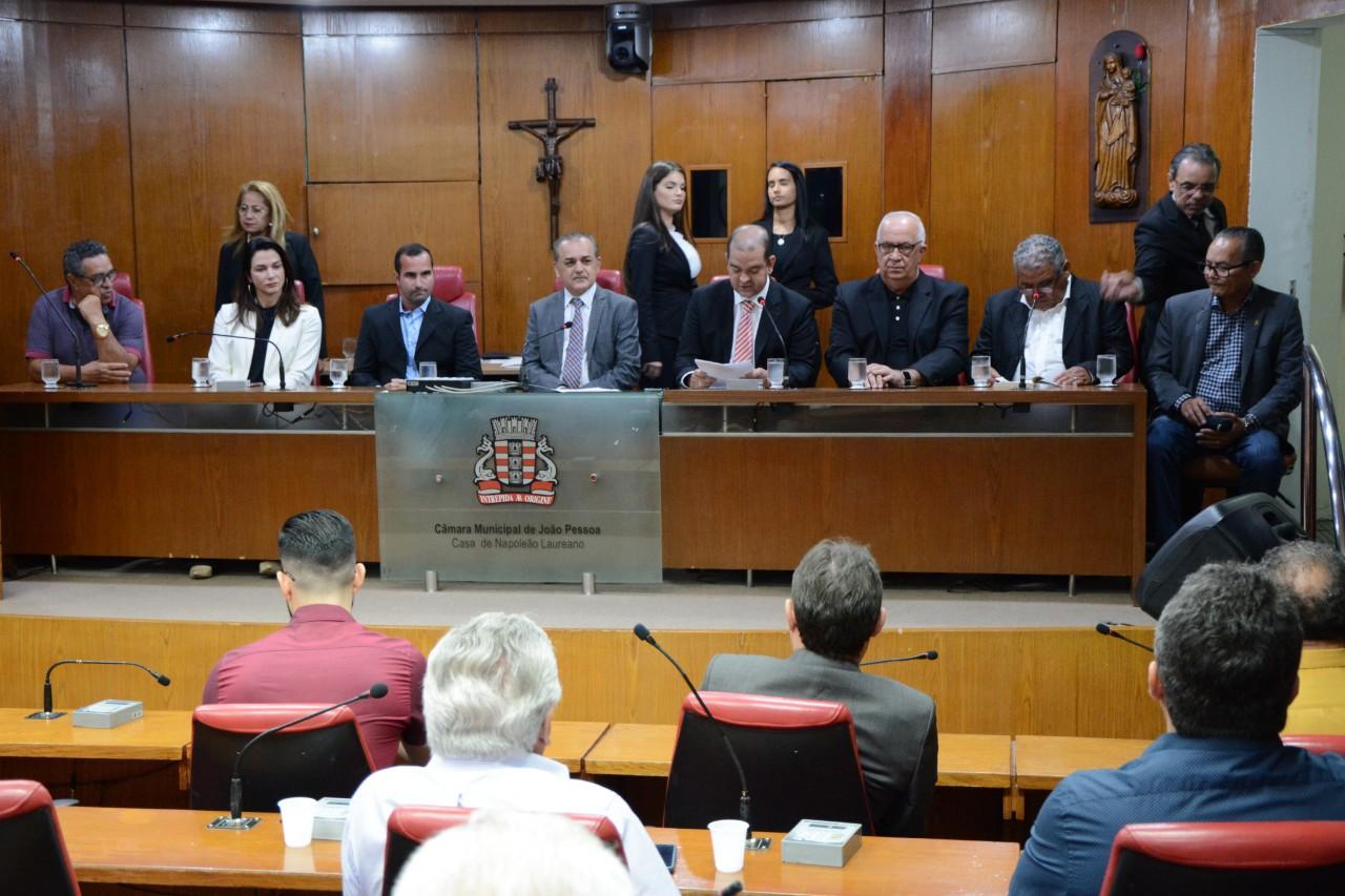 image 4 - 104 anos do Esporte Clube Cabo Branco: CMJP presta homenagem a entidade em sessão especial