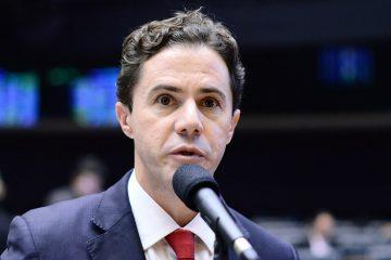 Veneziano afirma que só definirá seu futuro no PSB após conversa com João Azevedo
