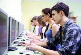 Colégio oferece curso de informática gratuito para estudantes da rede pública de CG