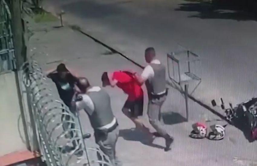 img 47567 foto 1 a - AÇÃO TRUCULENTA: Policiais militares agridem inocentes com socos e chutes - VEJA VÍDEO