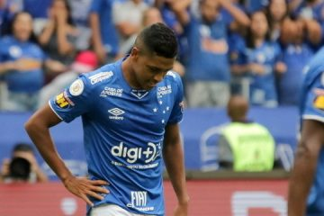 Tumulto marca jogo que definiu primeiro rebaixamento da história do Cruzeiro