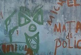 Jovens furtam tinta da Cagepa e picham frases pró-crime em quadra municipal