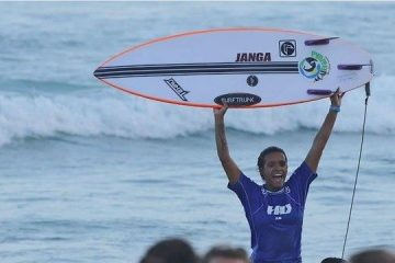 Júlia Santos se consagra campeã brasileira do circuito CBSurf 2019