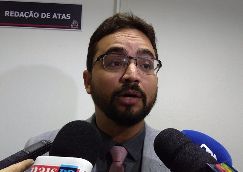 tiberiolimeirapsb 1 800x565 - 'DEIXA JOÃO TRABALHAR': Tibério Limeira afirma que João Azevedo inicia novo ciclo na Paraíba após deixar PSB