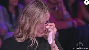 transferir 6 1 - The Voice Kids: Claudia Leitte se desespera e precisa abandonar coletiva após saber da morte de um de seus músicos - VEJA VÍDEO
