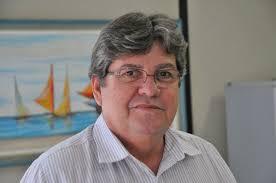 transferir 9 - Governador autoriza obras, entrega abastecimento de água e escola no Brejo