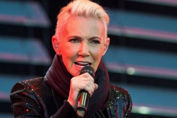 xMarie Fredriksson of pop band Roxette sings during a concert at Fredriksskans in Kalmar Swe.jpg.pagespeed.ic .CzWwizejZJ 360x240 - Morre Marie Fredriksson, vocalista do Roxette, aos 61 anos