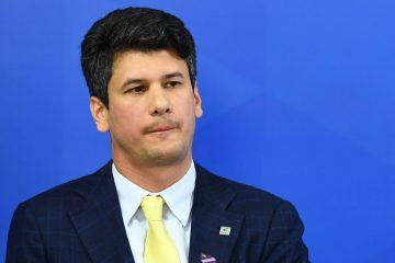 15635494285d31def465274 1563549428 3x2 rt 360x240 - SEM INDÍCIOS DE CORRUPÇÃO: Bolsonaro diz haver erro em auditoria do BNDES e chama Montezano de garoto