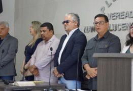Renato Mendes participa de posse de novos conselheiros tutelares de Alhandra durante solenidade na Câmara