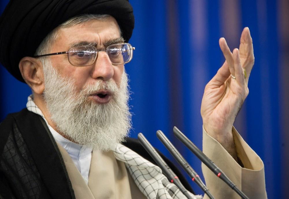 2019 06 04t155110z 1414337876 rc179eeea3f0 rtrmadp 3 usa iran khamenei - Líderes iranianos prometem vingança após morte de general da Guarda Revolucionária