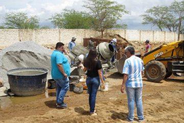 Emendas do senador Veneziano asseguram obras do Mercado Público e quadra de esportes em Caraúbas