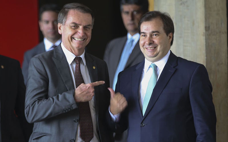 545 00546973 0  - MPF abre inquérito para investigar Bolsonaro e Rodrigo Maia