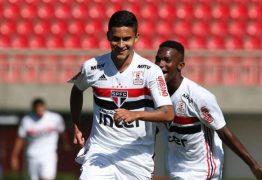 Fora da primeira fase, Nestor pode reforçar o São Paulo neste domingo