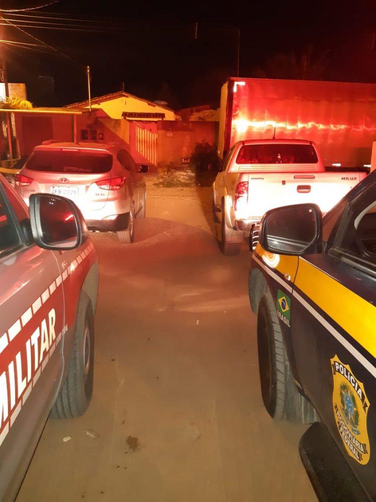 81a2e28b 6544 4efe b711 2971106f8cba 768x1024 - CARROS DE LUXO: PRF e PM recuperam três veículos roubados em ação conjunta - VEJA VÍDEO