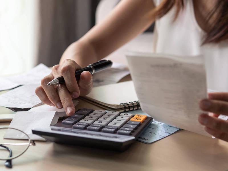 Cadastro positivo compulsorio entra em vigor nesta0295061300 sm - Com cadastro positivo, BC prevê queda dos juros de cartão de crédito