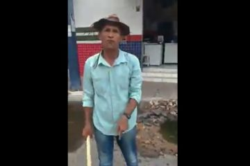 GOBIRA 360x240 - COM BALDE E PORRETE: Gobira se revolta com situação precária de feirantes em Cajazeiras e diz que cidade está 'sem prefeito' - VEJA VÍDEO