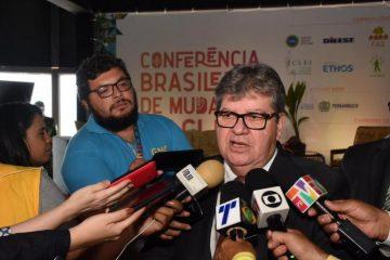 João Azevêdo 360x240 - Reportagem da Folha diz que João Azevêdo deverá se filiar ao PDT