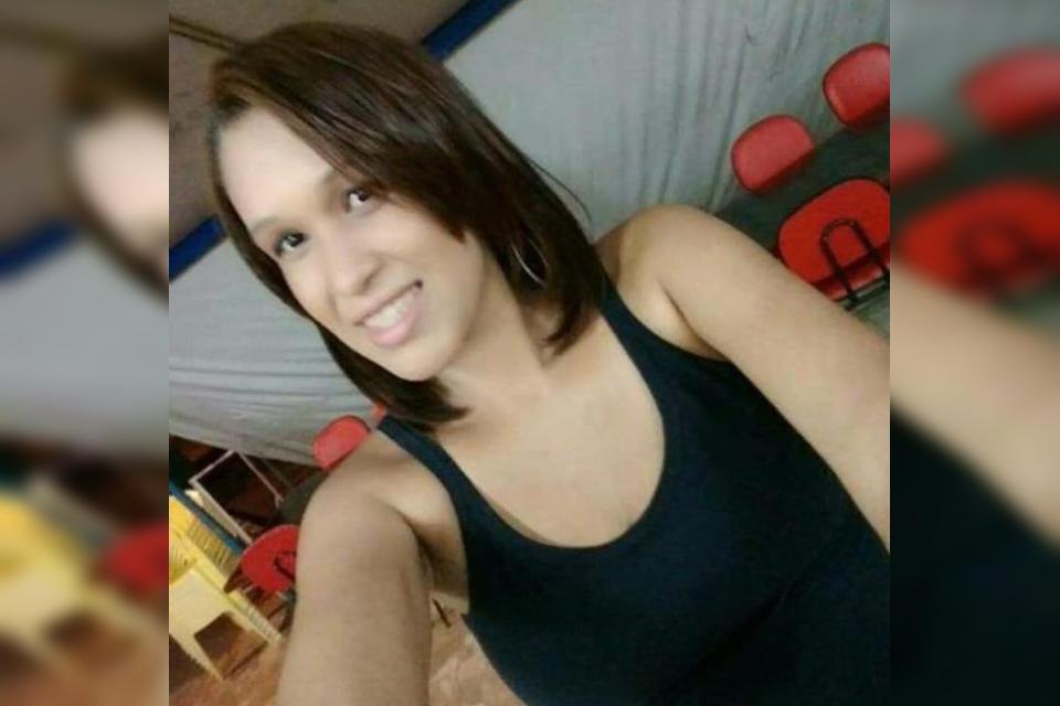 Larissa3 - ASFIXIADA: Jovem é encontrada morta e nua em altar de igreja