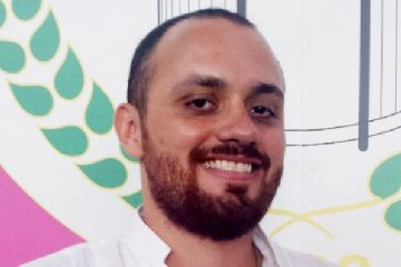 Leandro Vieira 360x240 - 'Jesus Cristo da Mangueira' agita Carnaval antes mesmo do desfile - VEJA VÍDEOS