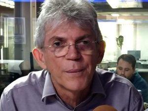RAiQeha1yZRX9C 300x225 - NOVO TRECHO: em grampo, Ricardo Coutinho negocia recebimento de R$ 500 mil - OUÇA