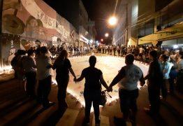 BOATE KISS: Sete anos após tragédia, parentes de vítimas prestam homenagens e cobram justiça