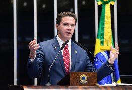 """Senador Veneziano Vital é eleito pelo Diap um dos 100 """"Cabeças"""" do Congresso Nacional em 2019"""