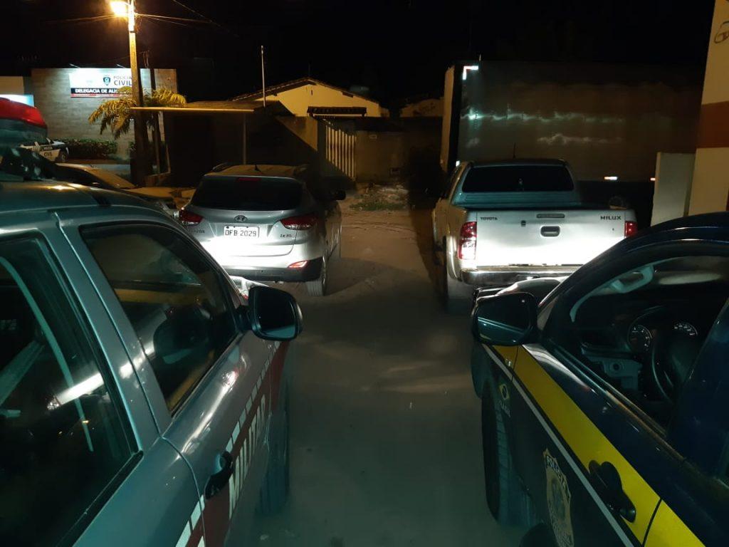 WhatsApp Image 2020 01 16 at 07.38.14 1024x768 - CARROS DE LUXO: PRF e PM recuperam três veículos roubados em ação conjunta - VEJA VÍDEO