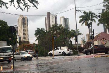 acude velho2201 360x240 - Veja as áreas mais castigadas pelas chuvas em Campina Grande
