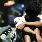 adolescente abandono gay 150x150 - Youtuber revela história de jovem que foi devolvido pela família adotiva por ser gay - VEJA VÍDEO
