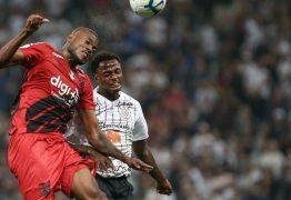 Renê Jr tem desafio de superar lesões e concorrência no Coritiba