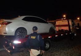 Motorista é preso com suspeita de embriaguez após colidir em calçada, em Cabedelo, PB