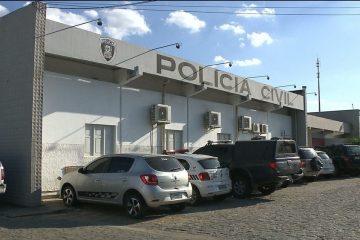 central de policia civil campina grande 3 360x240 - Suspeitos invadem casa e roubam presentes que criança ganhou em aniversário