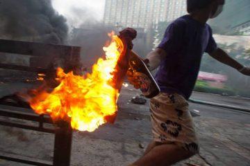 coquetel molotov 360x240 - Há uma profunda ferida na triste alma do Brasil - Frei Betto