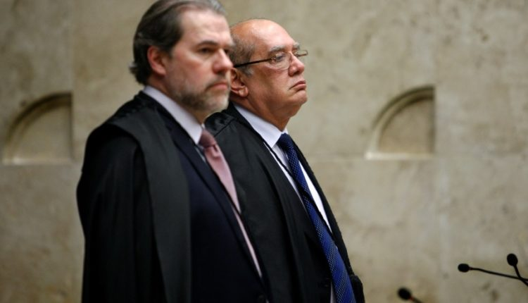 dias toffoli e gilmar mendes abr - Dias Toffoli deixa para que Gilmar Mendes decida destino de réus da Calvário em fevereiro