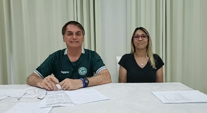 e0e3ebc0 3338 11ea b7f5 7e81d0d5fc38 - Bolsonaro alfineta deputada: 'se estivesse fazendo coisa boa, estaria mais magra' - VEJA VÍDEO