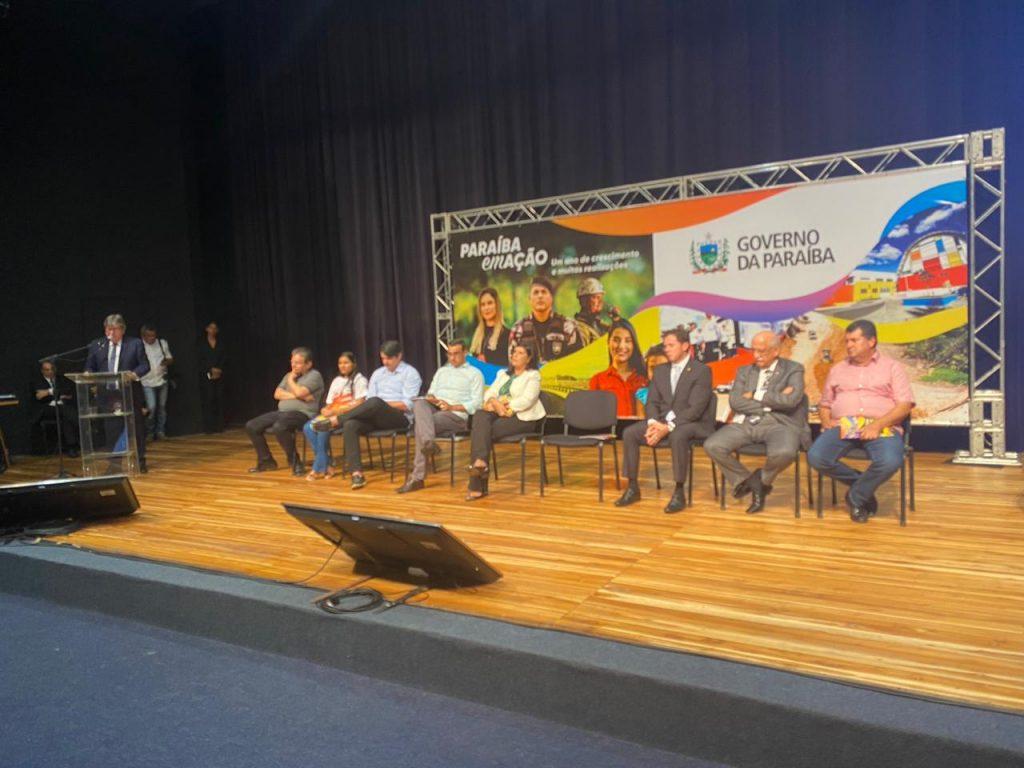 e4e99840 e811 4af6 bcb4 bd51a6369f24 1024x768 - DESTAQUE NACIONAL: João Azevedo anuncia que a Paraíba terá 53% de escolas integrais