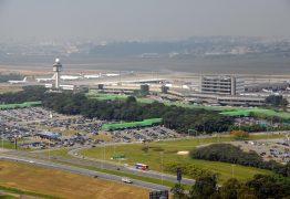 Mulher morre em aeroporto durante volta de viagem internacional