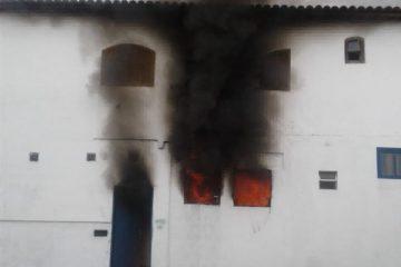 incendio casa paraty whatsapp tv rio sul 1  360x240 - TRAGÉDIA: Três crianças morrem em incêndio dentro de casa em Paraty