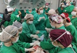 Parto de bebê prematuro e com tumor 'maior que a cabeça dele' mobiliza 50 profissionais