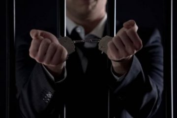 preso 360x240 - STJ reduz pena de condenado com base em decreto de armas