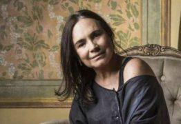 'Vambora, com muito amor no coração', escreve Regina Duarte, sem dizer se entrará para o governo