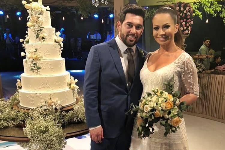 solange almeida e leandro andriani - Após dois anos de casamento, Solange Almeida anuncia separação
