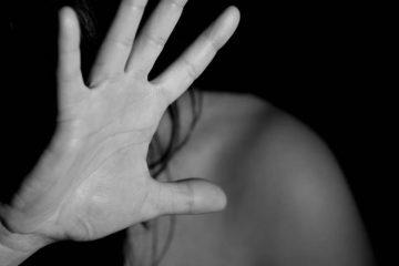 """violencia contra a mulher 1568396486119 v2 900x506 360x240 - Após pedir nudes à """"amante"""", vice-prefeito agride mulher e é detido"""