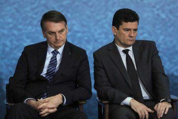 x84963863 BSBBrasiliaBrasil03 10 2019Presidente Jair Bolsonaro e o ministro da Justi.jpg.pagespeed.ic .ZyWLE mR4J 360x240 - Crise entre Bolsonaro e Moro continua apesar da trégua, diz jornalista