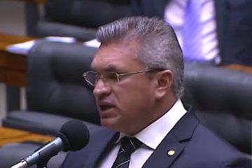 870a67e8 7cfd 40ed 99cd 2c85ee456d76 360x240 - Julian Lemos se pronuncia em apoio a paralisação da PM na Paraíba - VEJA VÍDEO
